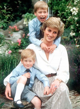 Princess-Diana-and-price-William-and-prince-Harry