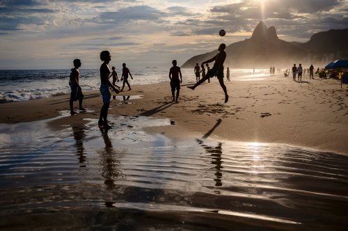 01-holding-brazil-guide_190848880804.jpg_article_singleimage