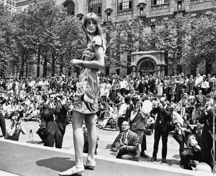 Quest Magazine, Harry Benson remembers Jean Shrimpton